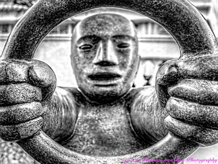 Sculpture-of-Capetonian-driver
