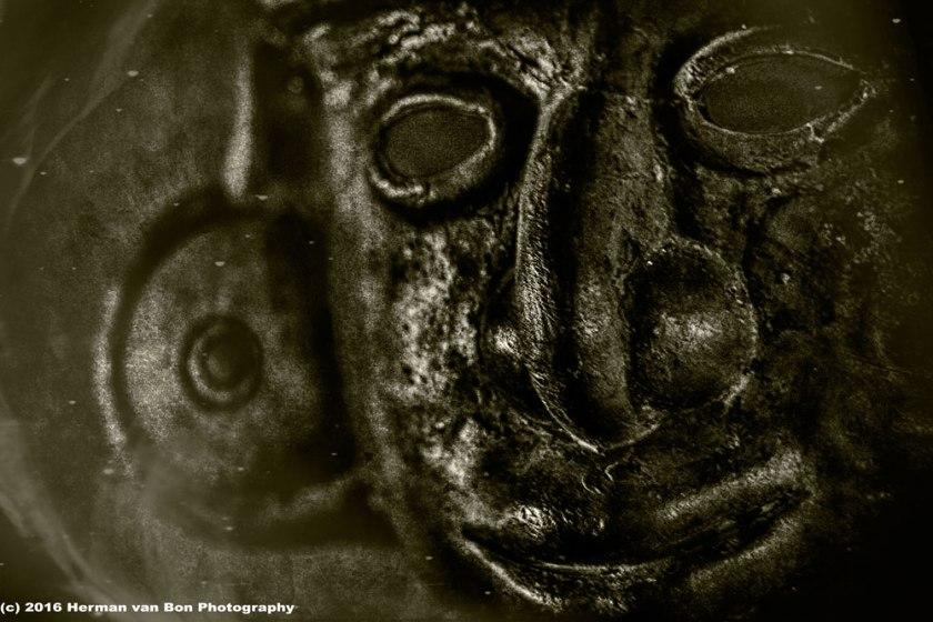 portrait-of-a-peruvian-mask